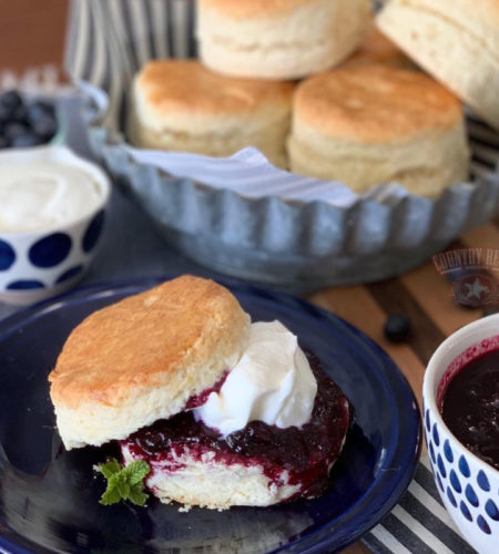 Flaky Old-Fashioned Butter Biscuits For Beginners