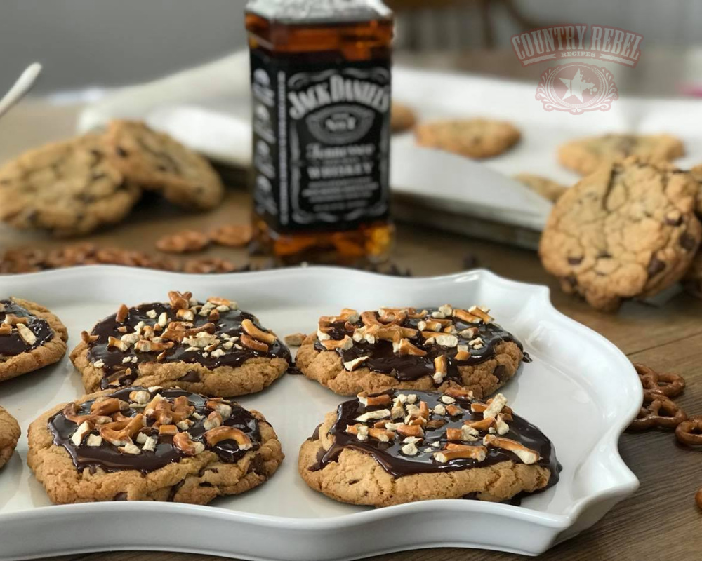Soft & Chewy Chocolate Chip Cookies With Tennessee Whiskey Icing